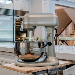 Professional-grade mixer