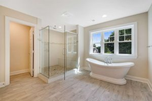 Glass shower and soaking tub